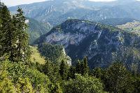 Wandeling over een imposante bergkam